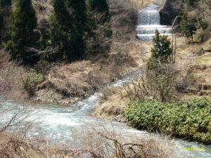 徳山村西谷本流の渓流釣り