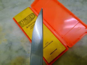 シャプトン 刃の黒幕 オレンジ