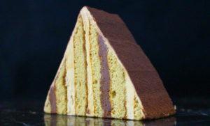 ピラミッドケーキ