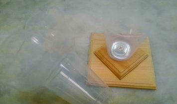 wp010 355x210 - かき氷のカップ器 倒れない為の専用土台? DIY