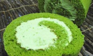 抹茶米粉ロールケーキ